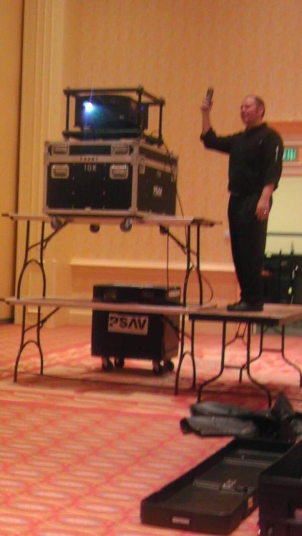 psav-table-projector-rig