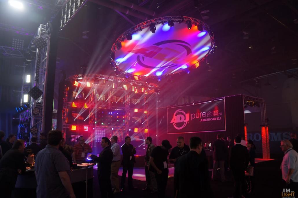 ldi2014-jimonlight-showfloor-189