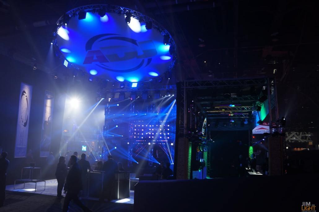 ldi2014-jimonlight-showfloor-191