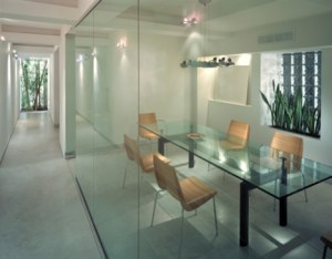 1-300x234 When Can Glass Be The Perfect Office Solution