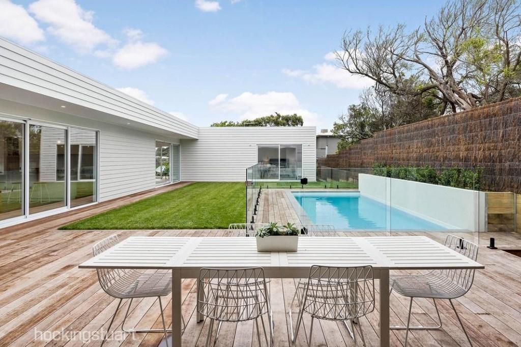Property Styling Sorrento Deck