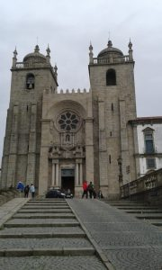 Katedrála na camino Prtugues v Portu