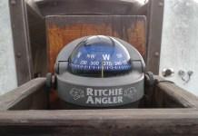 Rybářský kompas na námořní plachetnici