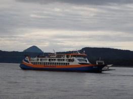 Trajekt společnosti Naviera Austral při cestě Quellón - Chaitén
