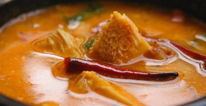 Tender jackfruit curry recipe Kerala style | Idichakka pulingari recipe