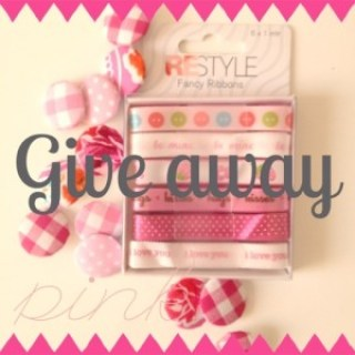 Give away buttons and ribbon Jip by Jan