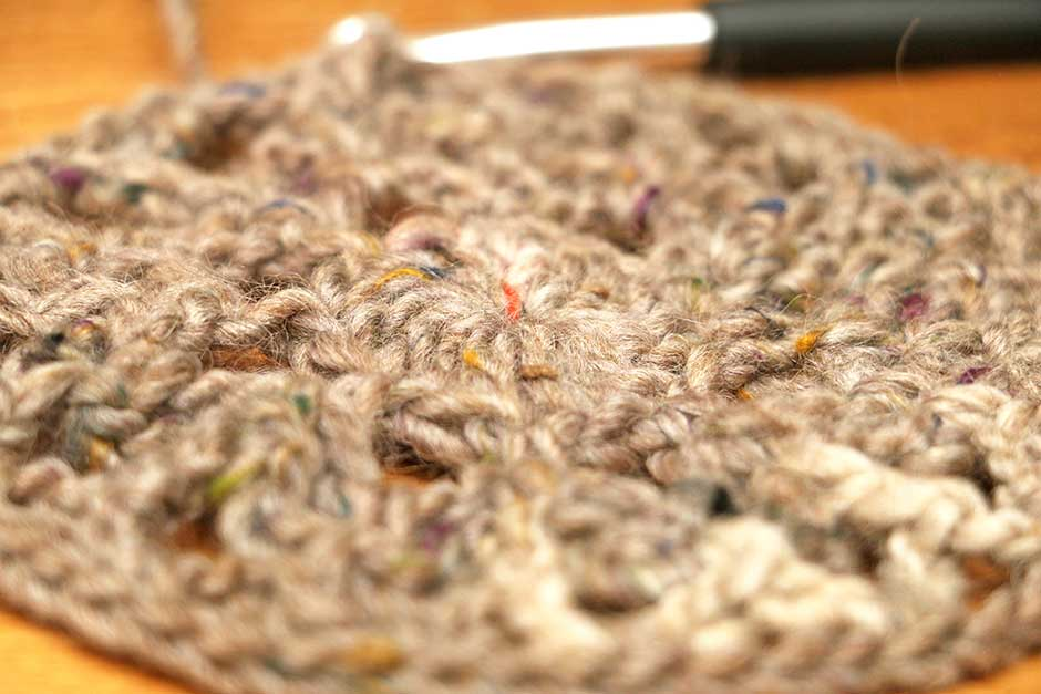 Haakpatroon poef doily Close-up Lang yarn Tweed