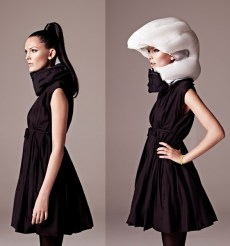 Den Airbag-Helm Hövding aus Schweden trägt man/frau als Kragen um den Hals, nur im Notfall bläst er sich auf und schützt den Kopf. © Copyright: Hövding Sverige AB (SE)