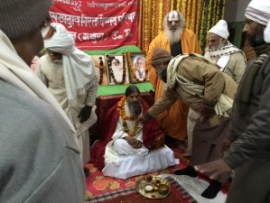Babaji with the president of CSVVP (left) and the president of Balabhadri Akhada (in saffron)