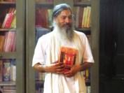 Babaji presents Sri Guru Darshanam