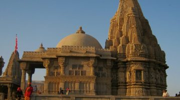 Dwarkadhish Temple - Mathura
