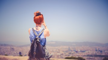 10 ways women can stay safe while traveling alone