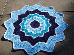 crochet baby blanket - star
