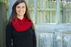 Chunky Knit Red Cowl