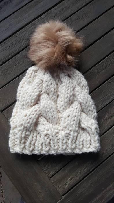 chunk knit hat with pom pom