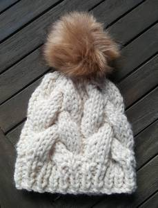 chunky knit cream hat