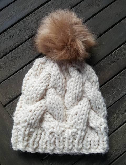 chunky knit cream hat