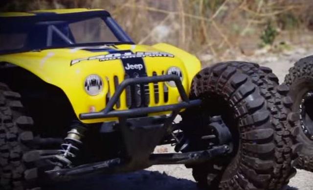 Jeep Jk Headlights >> Jeep Wrangler Battles Ford Raptor Off-Road, Sort Of - JK-Forum