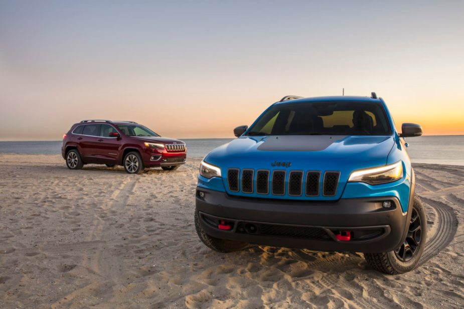 2019 Jeep Cherokee Overland and Cherokee Trailhawk