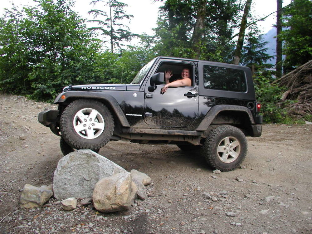Jeep Wrangler May Have a Windshield Problem, But There is a Fix