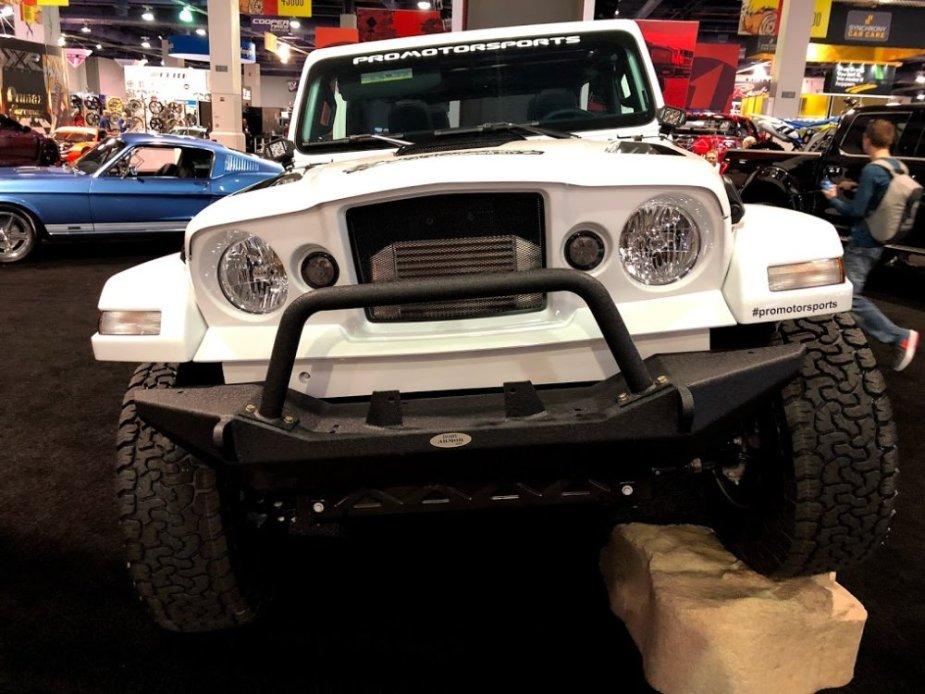 Jeep JL Gladiator Wrangler Front End