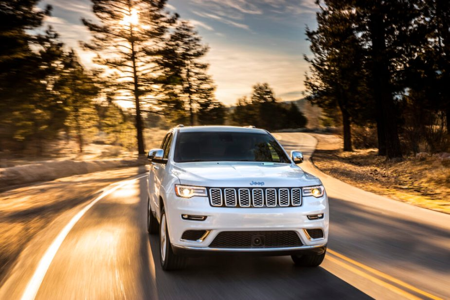 2019 Jeep Grand Cherokee Summit - Jeep Trounces Land Rover