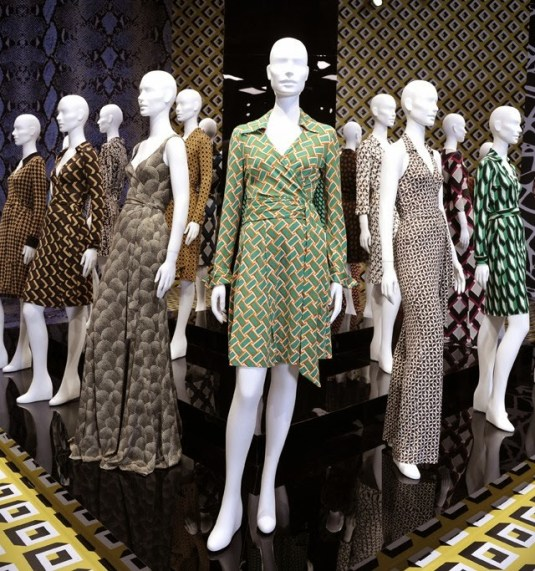 """""""Journey of a Dress"""" Exhibition for the 40th Anniversary"""