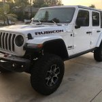 Bright White Jlur With White Top And Black Fenders 2018 Jeep Wrangler Forums Jl Jlu Rubicon Sahara Sport Unlimited Jlwranglerforums Com