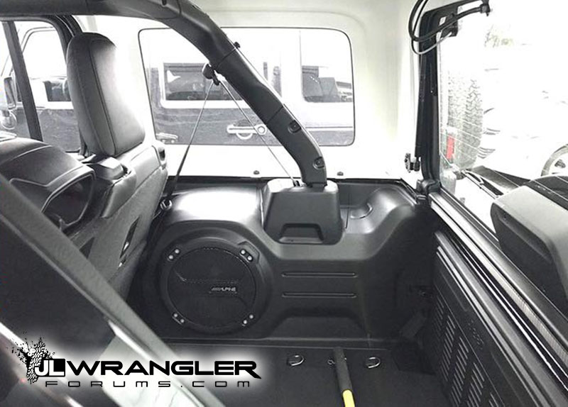 JL Wrangler Trunk Cargo Space Area First Good Pics
