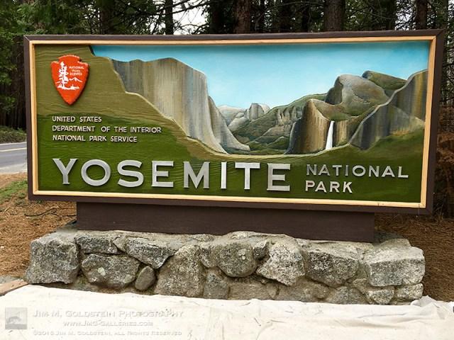 yosemite-sign2-edit-800c