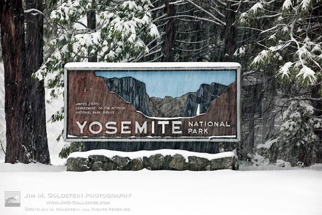 yosemite-sign3-edit-800c