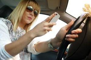 Apple CarPlay Safety