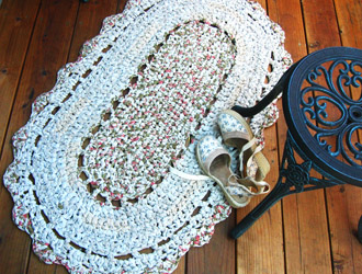 Rag Rug | How to make rag-rug yarn from sheets and fabrics.