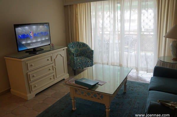 Bougainvillea Beach Junior Suite Seating Area