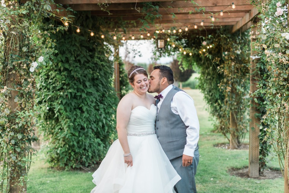 Photo of bride and groom at Craven Farms wedding in Snohomish, a barn wedding venue near Seattle. | Joanna Monger Photography