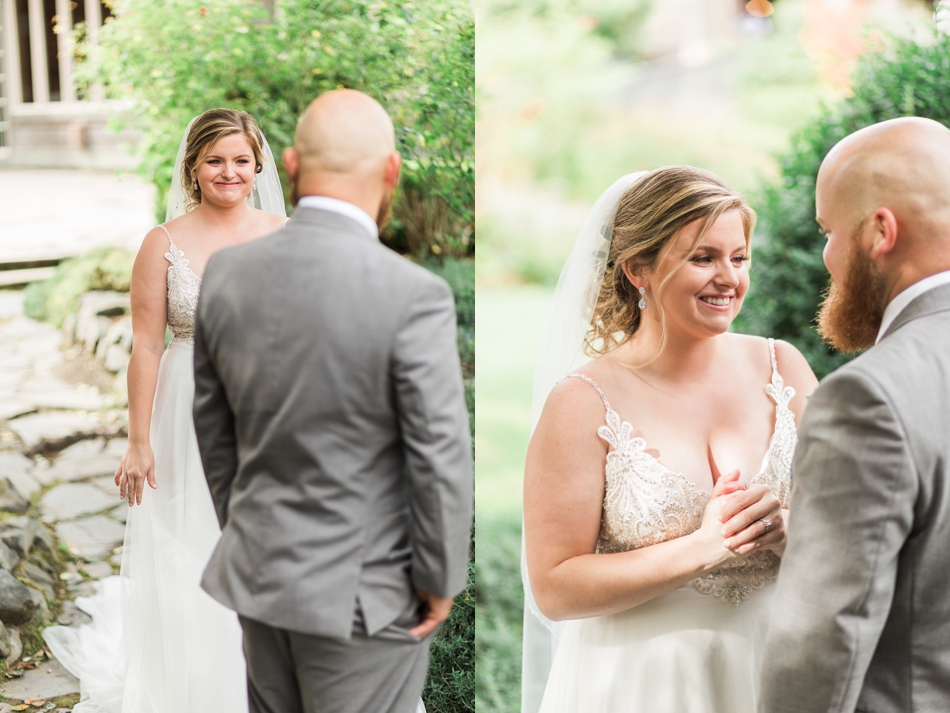 Photo of bride and groom at a Hidden Meadows Farms wedding in Snohomish, a rustic yet elegant wedding venue near Seattle.   Joanna Monger Photography
