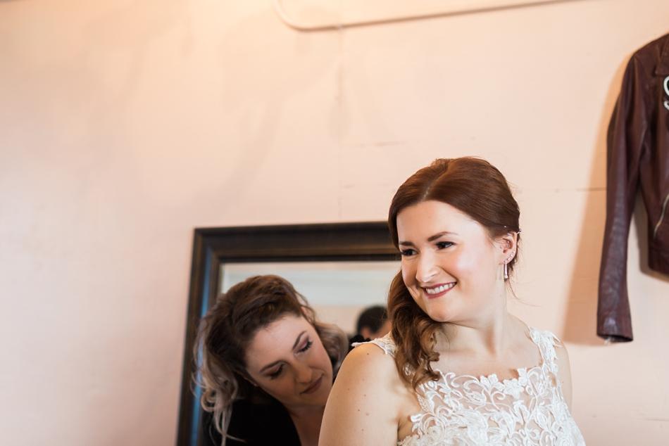 Photo of bride getting ready at Snohomish Wedding Venue Dairyland Barn near Seattle | Joanna Monger Photography