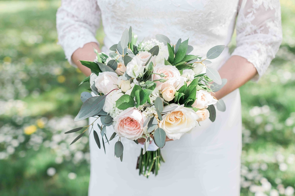 Photo of a bridal bouquet before an intimate wedding at Belle Chapel in Snohomish, a wedding venue near Seattle, WA. | Joanna Monger Photography | Snohomish Wedding Photographer
