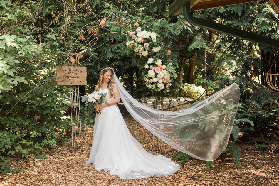 Veil in the forest at Twin Willow Gardens in Snohomish. Photos by Joanna Monger Photography, Snohomish and Seattle Wedding Photographer.