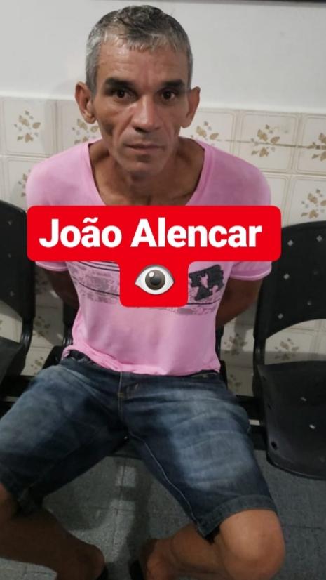 POLICIAIS MILITARES DA COMPANHIA DE POMBAL PRENDEM EM FLAGRANTE INDIVIDUO APÓS ROUBAR FARMÁCIA
