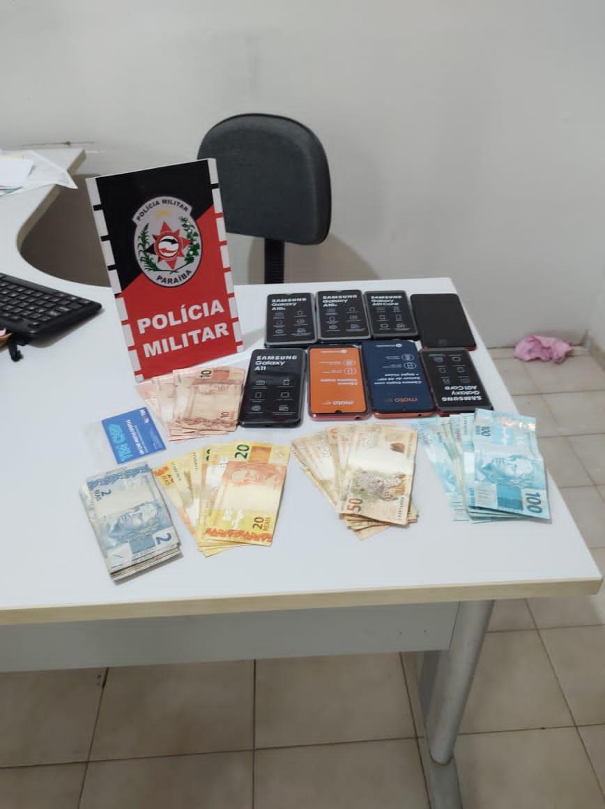 POLICIAL MILITAR PRENDE EM FLAGRANTE DELITO AUTORES DE ASSALTO NA CIDADE DE SANTA CRUZ-PB