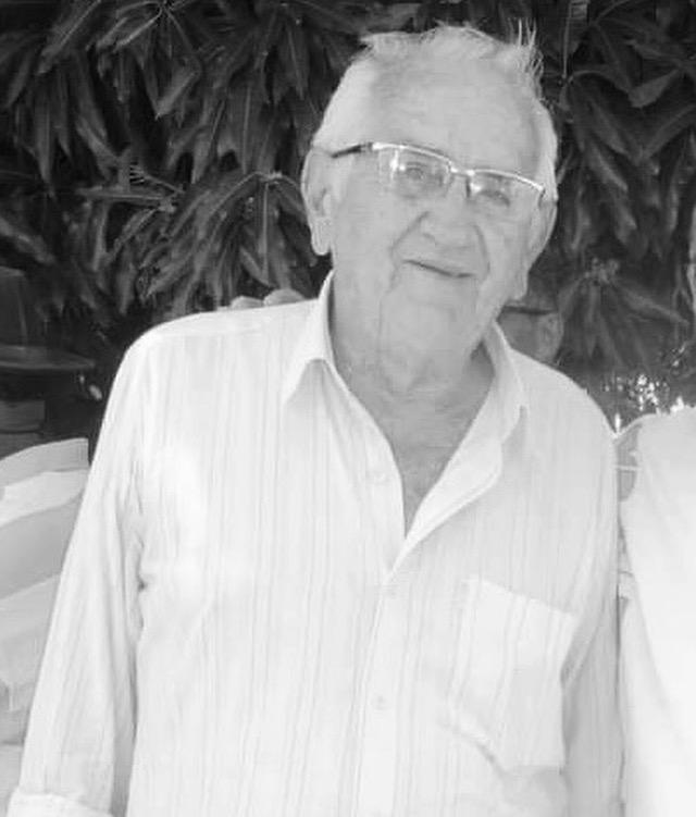 Deputada Pollyanna Dutra emite nota de pesar pelo falecimento do professor Martinho Salgado* Parlamentar destacou trajetória de vida do professor, que faleceu nesta segunda-feira (12)