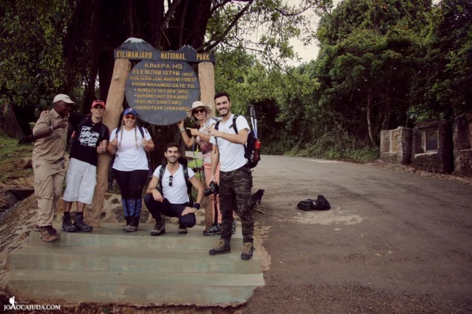 joão-cajuda-tanzaniaclimbing-kilimanjaro0- www.joaocajuda.com
