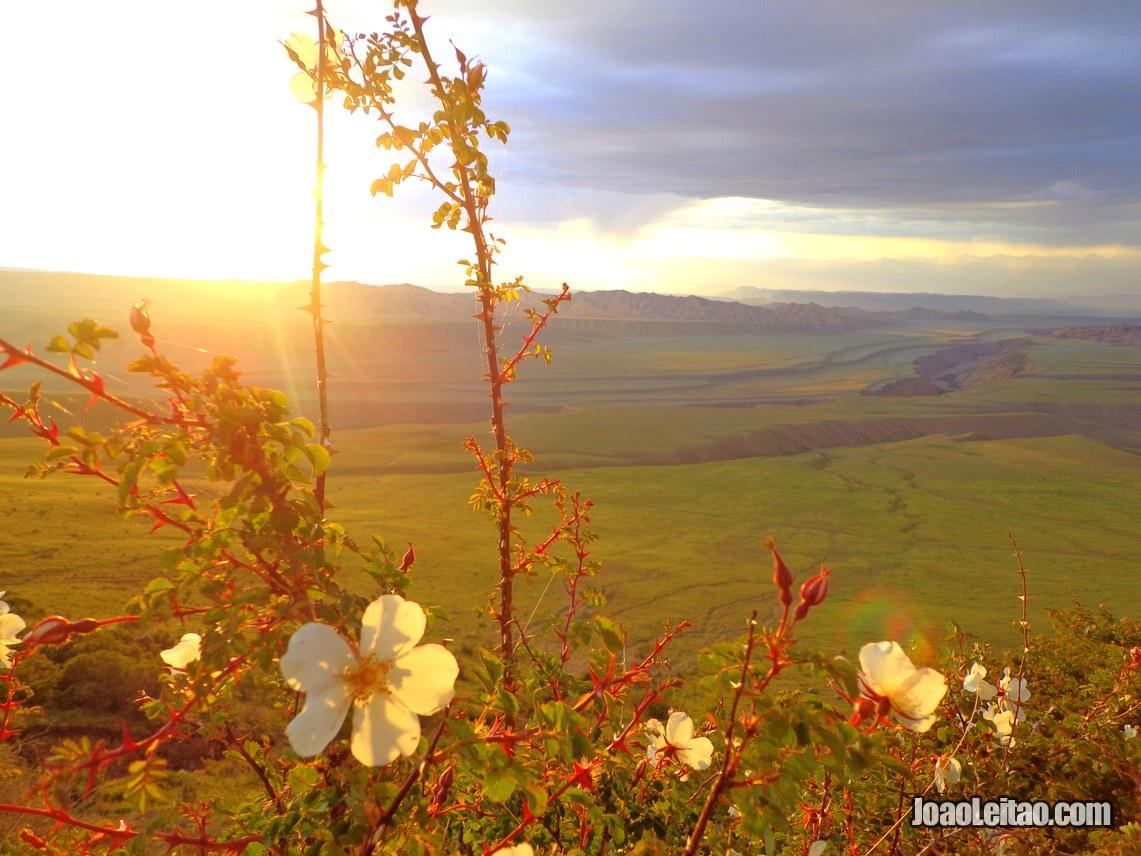 Montanhas da cordilheira de Fergana, Visitar o Quirguistão
