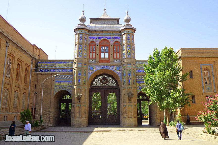 Begh e Melli em Teerão