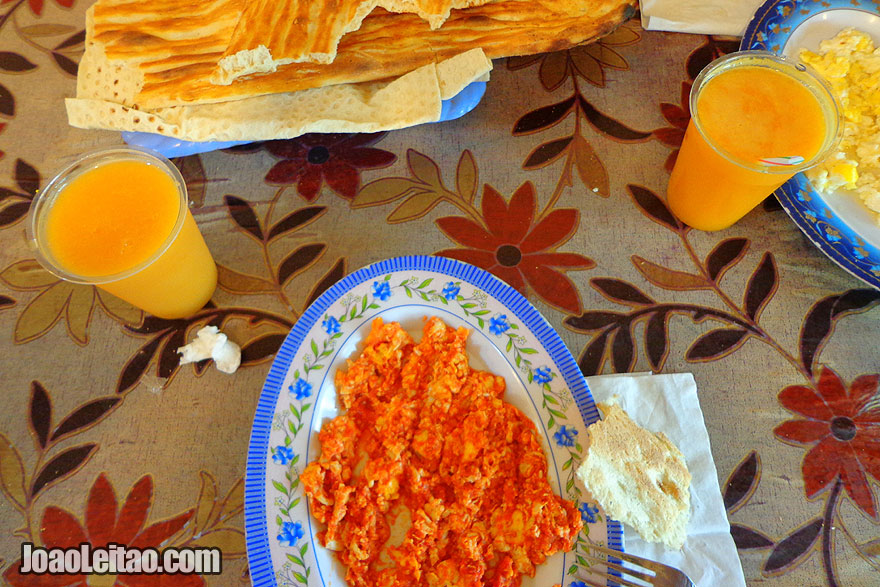 Iranian Breakfast - What to eat in Iran