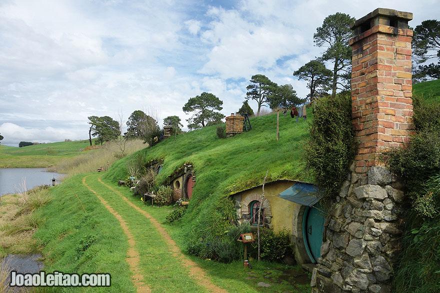 Visit Hobbiton Movie Set New Zealand