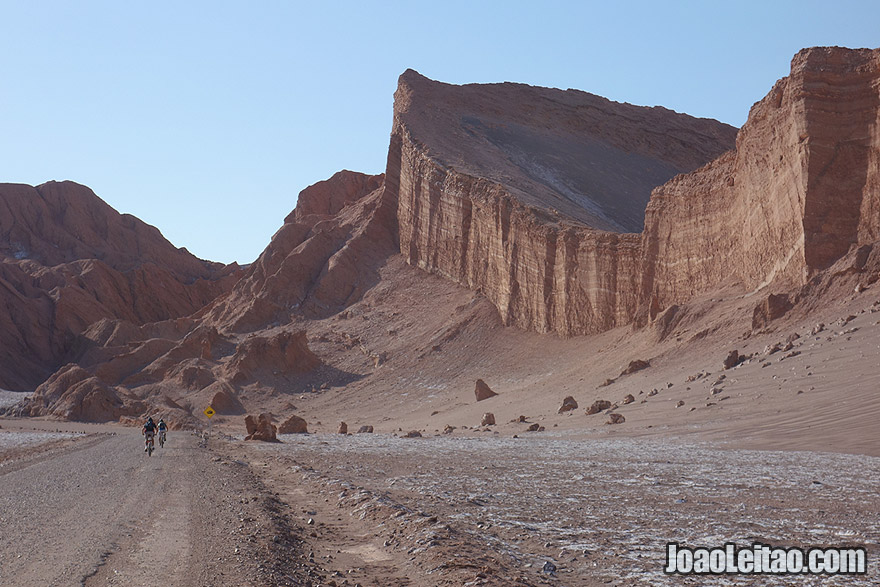 Photo of the Moon Valley road in Atacama Chile