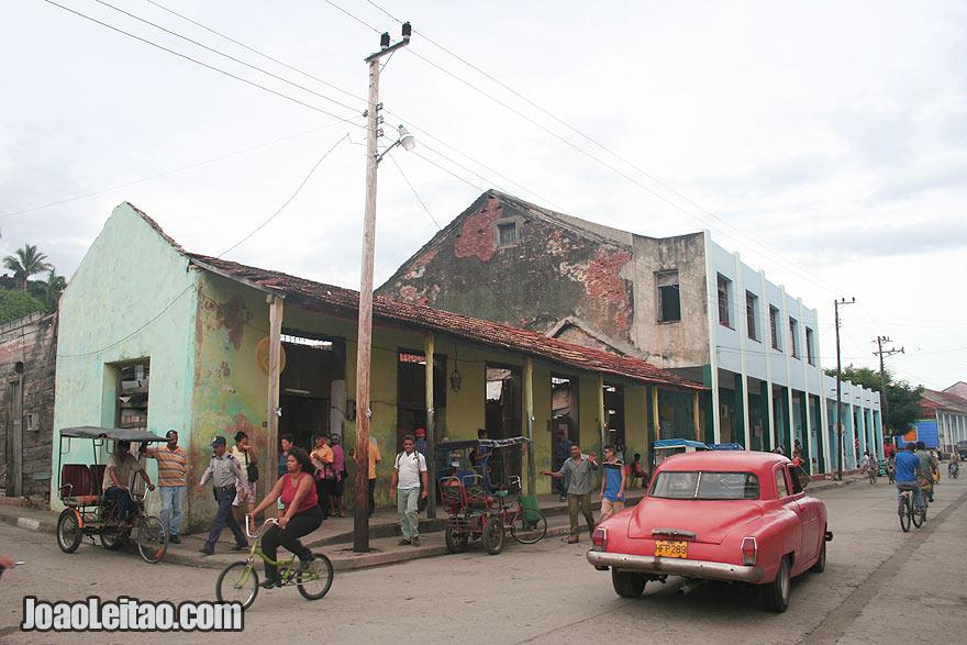 Street in center Baracoa