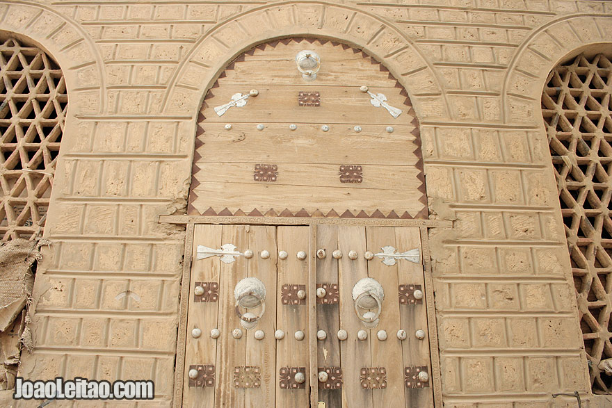 Amazing old door and traditional Timbuktu architecture